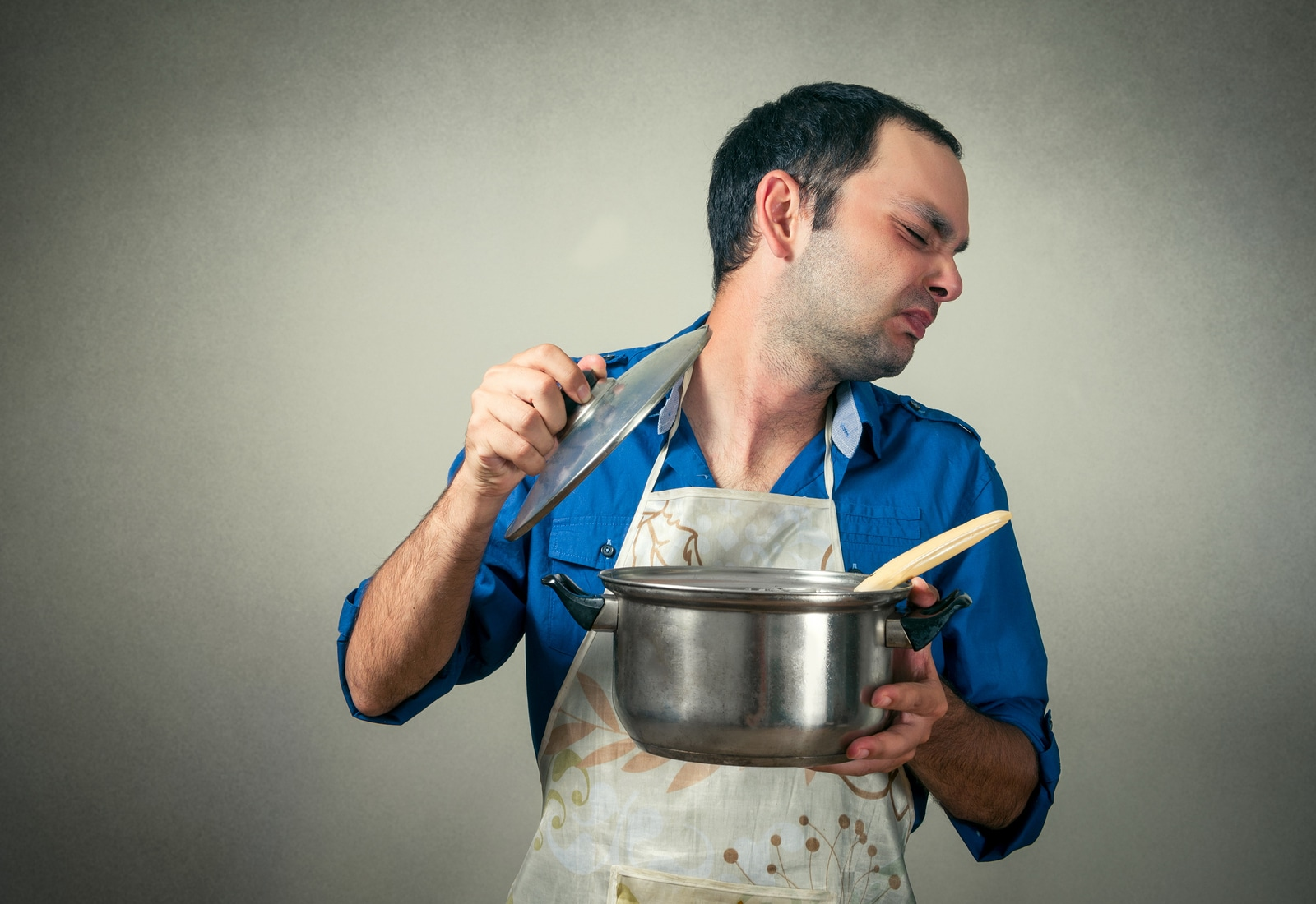 man with the meal in pan and bad smell